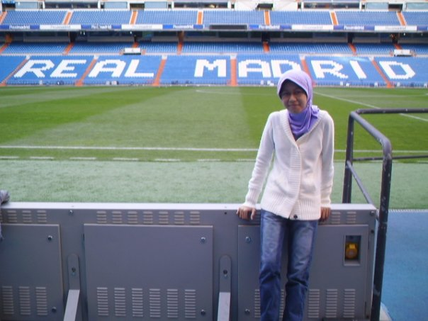 Di Stadion Santiago Bernabeu, markas Real Madrid