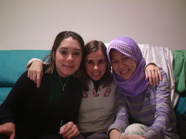 Bersama teman serumah dari Italia